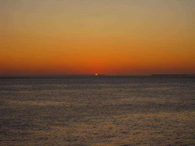 出張13日目 陽はまた昇る@納沙布岬_b0042308_6404055.jpg