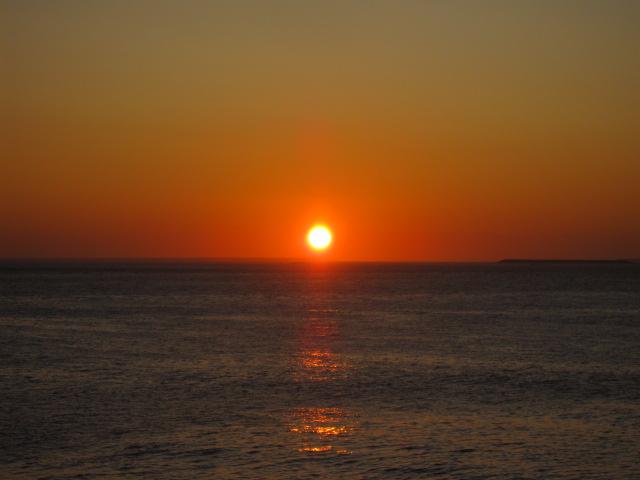 出張13日目 陽はまた昇る@納沙布岬_b0042308_642989.jpg