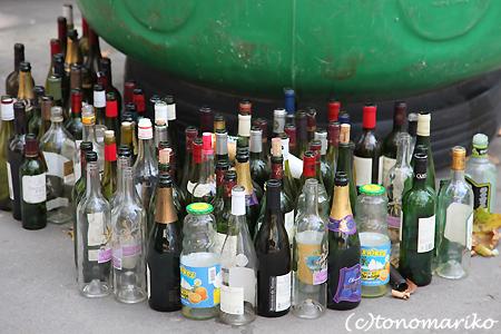 ビンのゴミ箱_c0024345_22213456.jpg