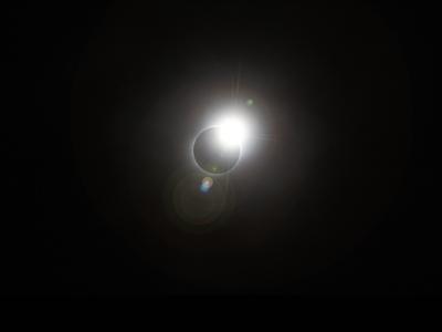 日食_b0112648_0384356.jpg