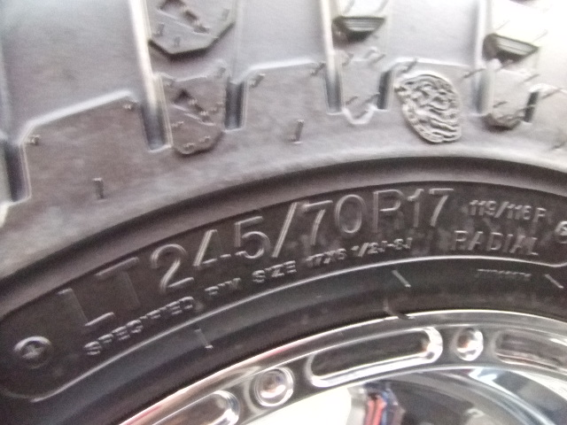 Pitbull tire RADIAL GROWLER_b0123820_11534211.jpg