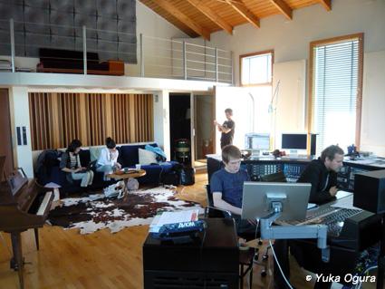 原田知世『eyja』アイスランド・レコーディング、その4_c0003620_23133170.jpg