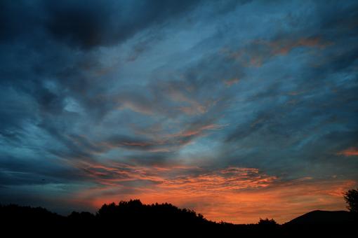 本栖湖のしずかな夜明け_c0107829_914422.jpg