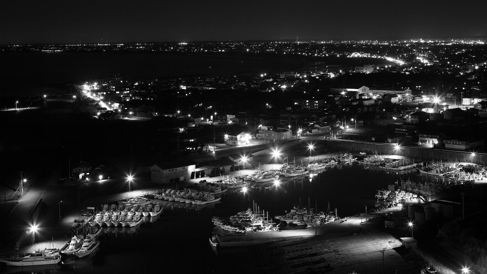 漁港の光_b0177584_21262468.jpg