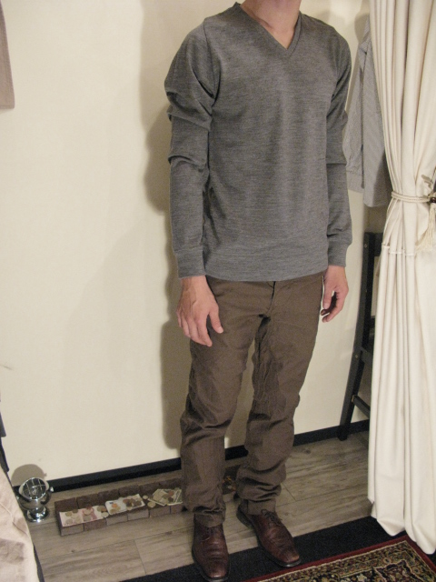 『NEW COLOR』 Wool Semi Raglan Sleeve V-Neck _e0142928_2031358.jpg