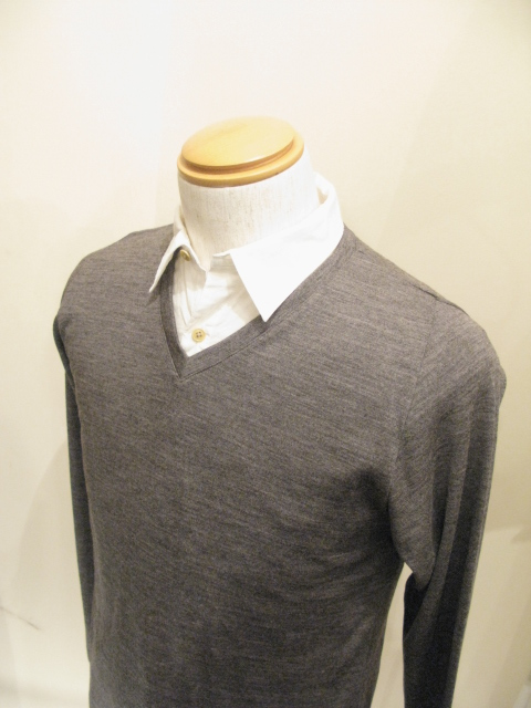 『NEW COLOR』 Wool Semi Raglan Sleeve V-Neck _e0142928_20415100.jpg