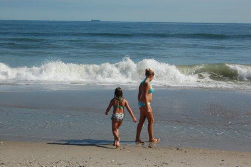 秋晴れのビーチ_f0088456_520113.jpg