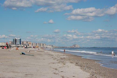 秋晴れのビーチ_f0088456_5203343.jpg