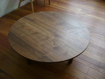 展示販売家具 ウォールナットテーブル_e0115686_18265962.jpg