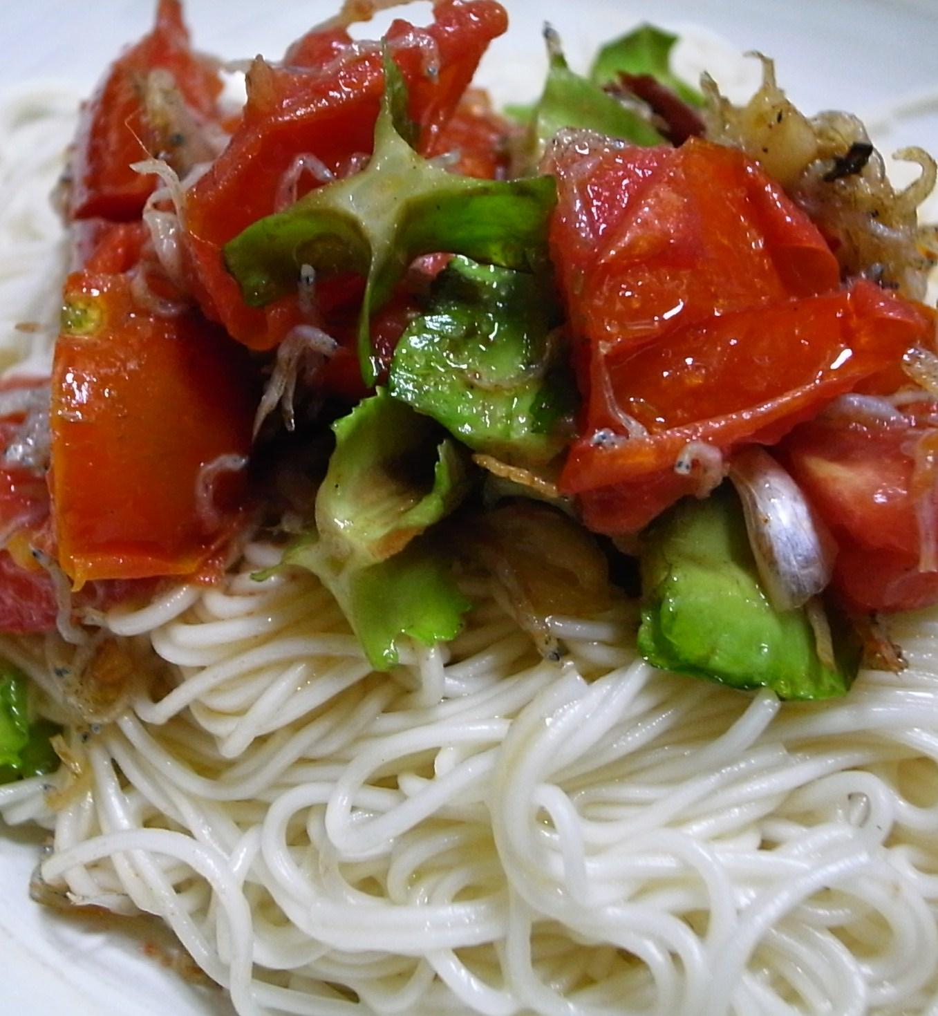 【シカクマメ】トマトとシカクマメのペペロンチーノ素麺_d0122797_1653850.jpg