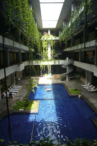resort hotel._c0153966_11455125.jpg