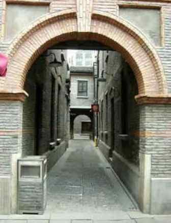 ■上海固有の弄堂・石庫門_e0094583_10341153.jpg