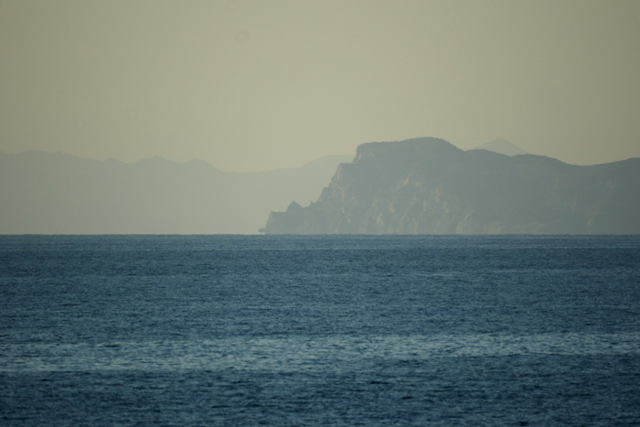 出来島海岸の夕日 (趣味人間)_a0136293_15483316.jpg