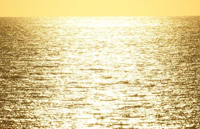 出来島海岸の夕日 (趣味人間)_a0136293_15503452.jpg