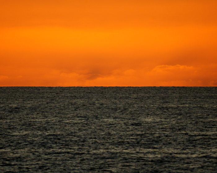 出来島海岸の夕日 (趣味人間)_a0136293_1559461.jpg