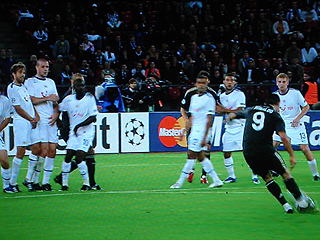 FCチューリヒ×レアル・マドリード UEFAチャンピオンズリーグ 09-10グループリーグ_c0025217_05759.jpg