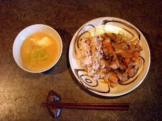 今日の夕飯はチキンのウスターソース炒め_e0166355_1648252.jpg