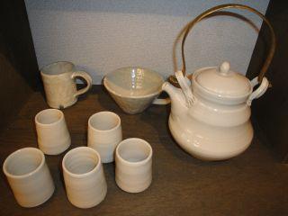 手作り陶器の展示始めました。_e0166301_1474263.jpg
