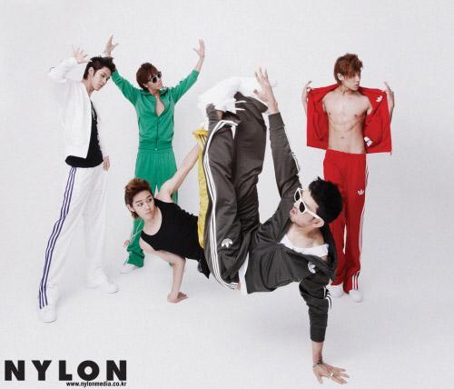 RAINが男性5人組ダンス グループの製作者に出る。 _c0047605_1620082.jpg
