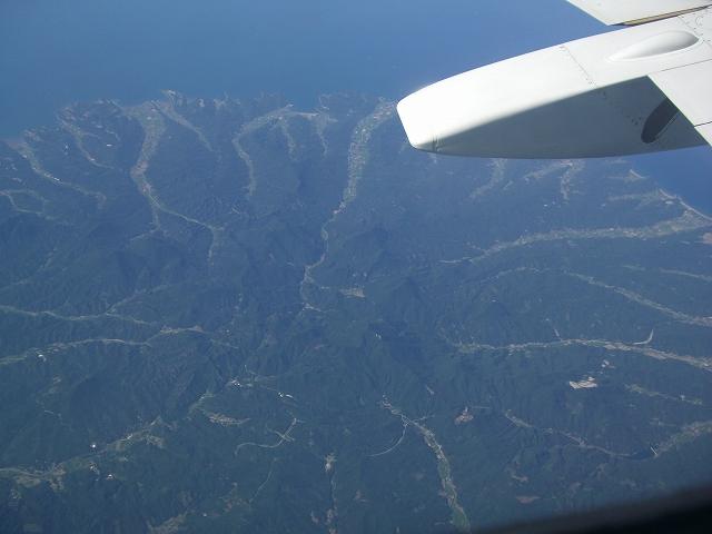 航空写真―どこかわかりますか?九州・中国四国編―_d0116009_2282122.jpg
