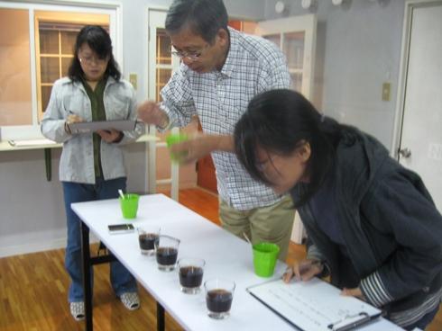 利きコーヒー&パナマゲイシャを楽しむ会「ユナイトコーヒー」_b0140235_122763.jpg
