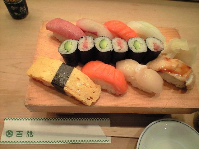お寿司ランチ_c0151965_13484448.jpg