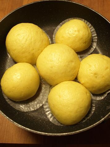 卵、バター不使用で簡単!りんごとバナナのケーキ_d0128268_16575638.jpg