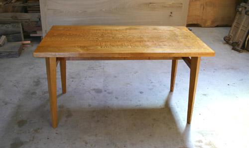 ダイニングテーブル 塗装後_f0171785_1639797.jpg