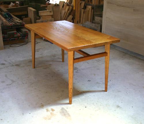 ダイニングテーブル 塗装後_f0171785_16402392.jpg