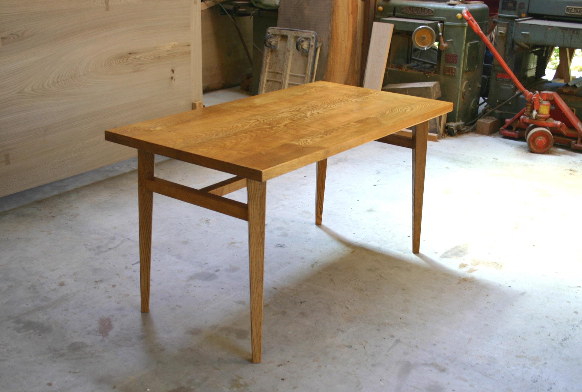 ダイニングテーブル 塗装後_f0171785_16443551.jpg