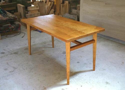 ダイニングテーブル 塗装後_f0171785_16454565.jpg