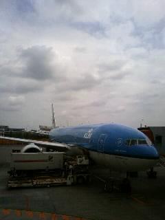 只今成田空港_c0170061_102339.jpg