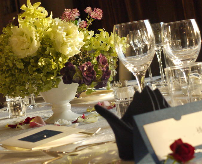 夜のウェディング装花 レモンライムとアジサイ_a0042928_18561565.jpg