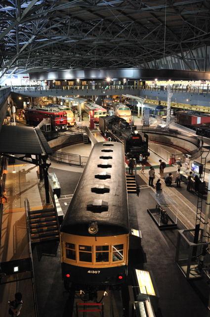 電車から夢の超特急へ_c0081462_2012348.jpg