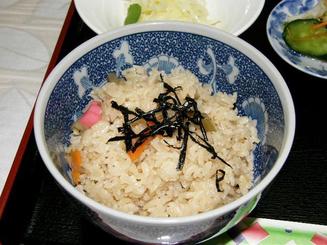 山菜料理店 グランマ_d0153062_8164319.jpg