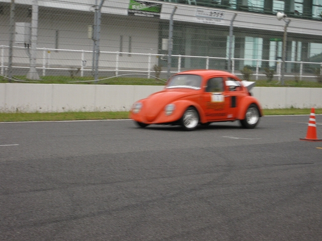 DRAG RACE_a0095515_21162697.jpg
