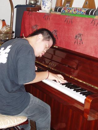 即興ピアノ_b0135942_11562730.jpg