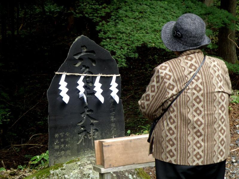 六神石神社例祭_f0075075_11455687.jpg