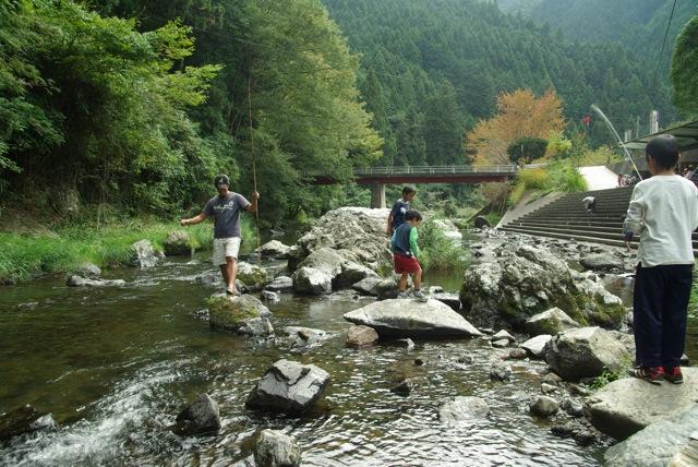 下市町森林公園やすらぎ村オートキャンプ_e0139376_0281931.jpg