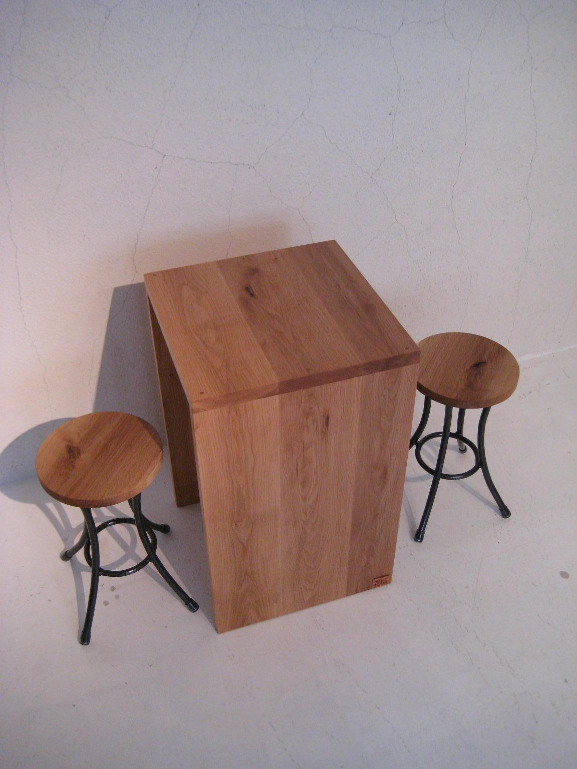 TABLE × STOOL_c0146581_12423091.jpg
