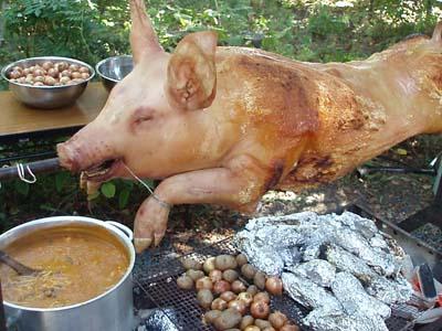 子豚の丸焼き 欲と二人連れ
