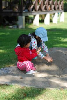 北軽井沢その3・愛犬さくらと子供達_f0179528_1275947.jpg