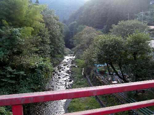 風情のある風景。_b0157216_22345278.jpg