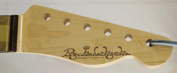 店頭販売用に「Moderncaster T #012」を製作中!_e0053731_202669.jpg