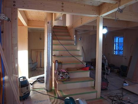 内原の家 階段造作工事 2009/9/25_a0039934_19104049.jpg
