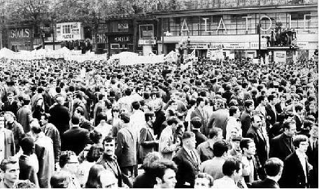 時代] 1968年、そして1969年 : 昭和の歌を聴け