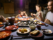 皆でお寿司を食べました_f0106597_1615485.jpg