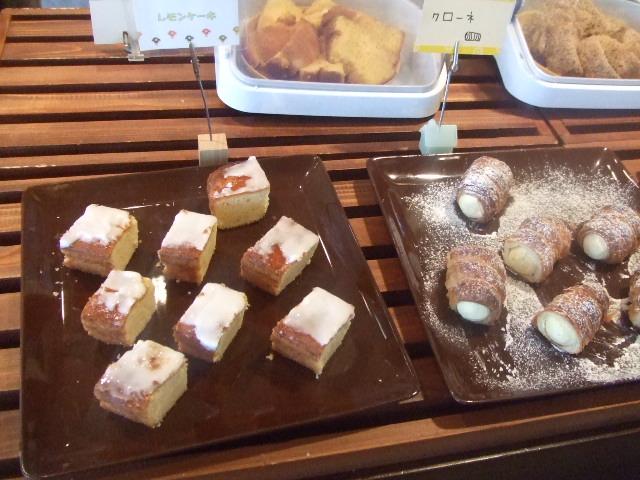 Cafe アンプレシオン_f0076001_5584172.jpg