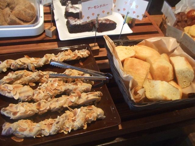 Cafe アンプレシオン_f0076001_5585952.jpg