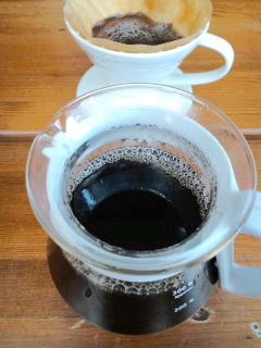 インドのコーヒー豆を挽いて_f0190225_14215493.jpg